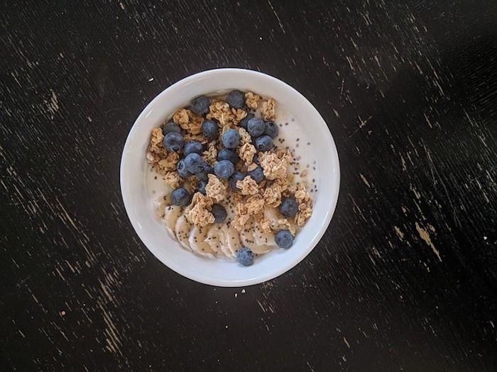 Skyr Joghurt mit Blaubeeren